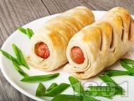 Кренвиршки за закуска с готово бутер тесто и пилешки кренвирши